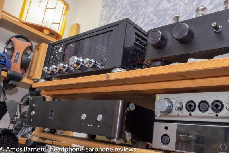 Audio-gd R2R 7 & Audiovalve Solaris